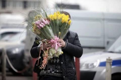 8 Марта не за горами. О предстоящей торговле цветами в Лиде