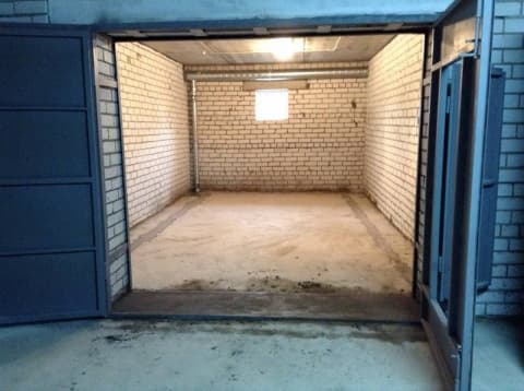 ПодЛидойпочистили гараж
