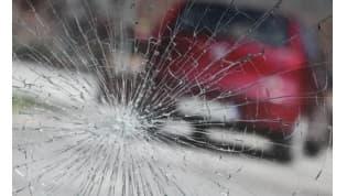 В Мостах три автомобиля пострадали из-за «юной бунтарки»