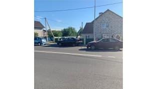 «Паровозик» по Свердлова: в Лиде БМВ въехал в припаркованные авто
