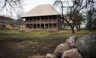 Выкогда-нибудь видели гродненский лямус? Самое старое деревянное здание Беларуси открыли для туристов