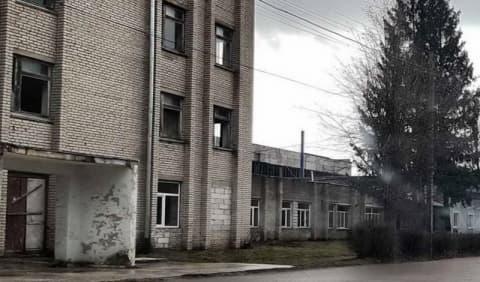 В Лиде дети разбили окна камнями на 1000 рублей