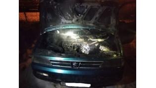 На минувших выходных Лидские спасатели дважды выезжали на ликвидацию загорания автомобилей